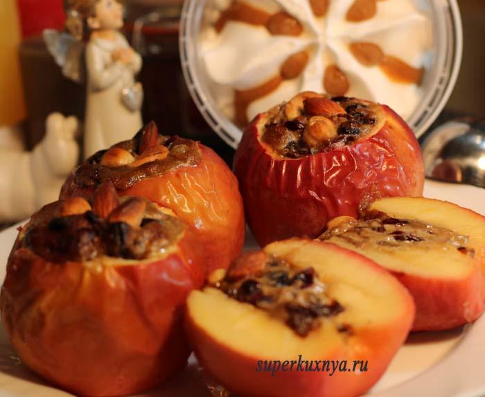 фото запеченного яблока
